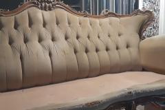 bordeaux-tapissier-decorateur-artisan-canape-capiton-tissu-velours4