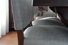 bordeaux-tapissier-decorateur-artisan-couverture-chaise-salle-à-manger-louis-XIV-tissu-ameublement-editeur-aquitaine3