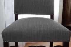 bordeaux-tapissier-decorateur-artisan-couverture-chaise-salle-à-manger-louis-XIV-tissu-ameublement-editeur-aquitaine5