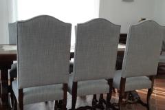 bordeaux-tapissier-decorateur-artisan-couverture-chaise-salle-à-manger-louis-XIV-tissu-ameublement-editeur-aquitaine6