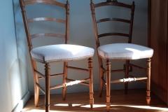 chaise-ancienne-restaure-tapissier-decorateur-couverture-tissu-editeur-galon-clous-bordeaux-gironde