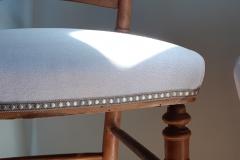 chaise-ancienne-restaure-tapissier-decorateur-couverture-tissu-editeur-galon-clous-bordeaux-gironde1