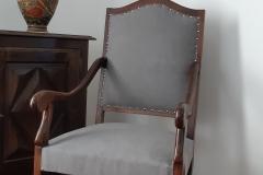 bordeaux-fauteuil-louis-XIV-recouverture-artisan-tapissier-decorateur-tissu-ameublement-editeur-aquitaine