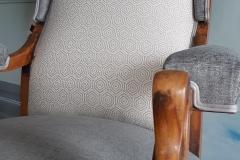 tapissier-decorateur-artisan-fauteuil-voltaire-couverture-restauration-gironde-bordeaux-33-1