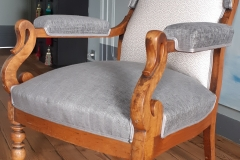 tapissier-decorateur-artisan-fauteuil-voltaire-couverture-restauration-gironde-bordeaux-33-3