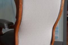 tapissier-decorateur-artisan-fauteuil-voltaire-couverture-restauration-gironde-bordeaux-33-5