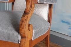 tapissier-decorateur-artisan-fauteuil-voltaire-couverture-restauration-gironde-bordeaux-33