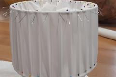 abat-jour-plissé-couture-tambour-sur-mesure-luminaire-artisanat-art-savoir-faire-création-gironde-3