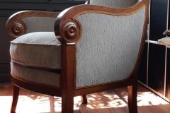 Fauteuil-Bergere-coussin-Empire-removation-tapissier-decorateur-artisan-gironde-1