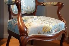 rénovation-fauteuil-Louis-phillips-tissu-editeur-artisan-tapissier-decorateur-gironde