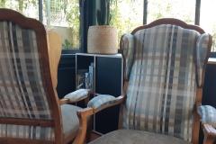fauteuil-voltaire-rayures-tapissier-decorateur-renovation-restauration-artisan-gironde2