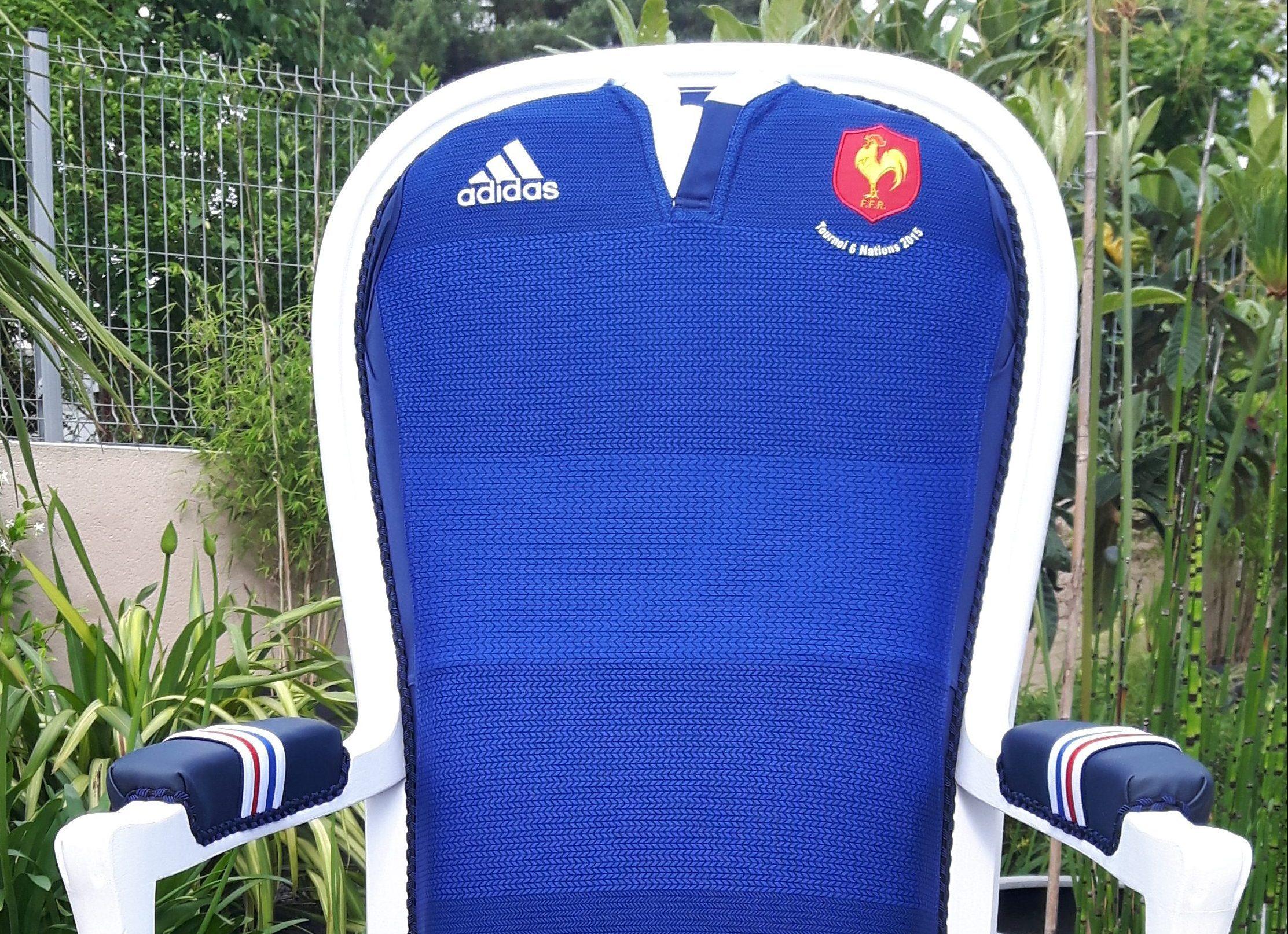 Relooker Un Fauteuil Voltaire fauteuil voltaire/ maillot rugby/ equipe de france/bordeaux