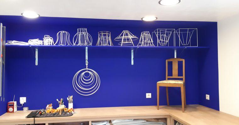 L'atelier la marquise s'est refait une beauté!!! Réfection fauteuil – Couture d'ameublement – Rideaux sur mesure – Abat jour sur mesure