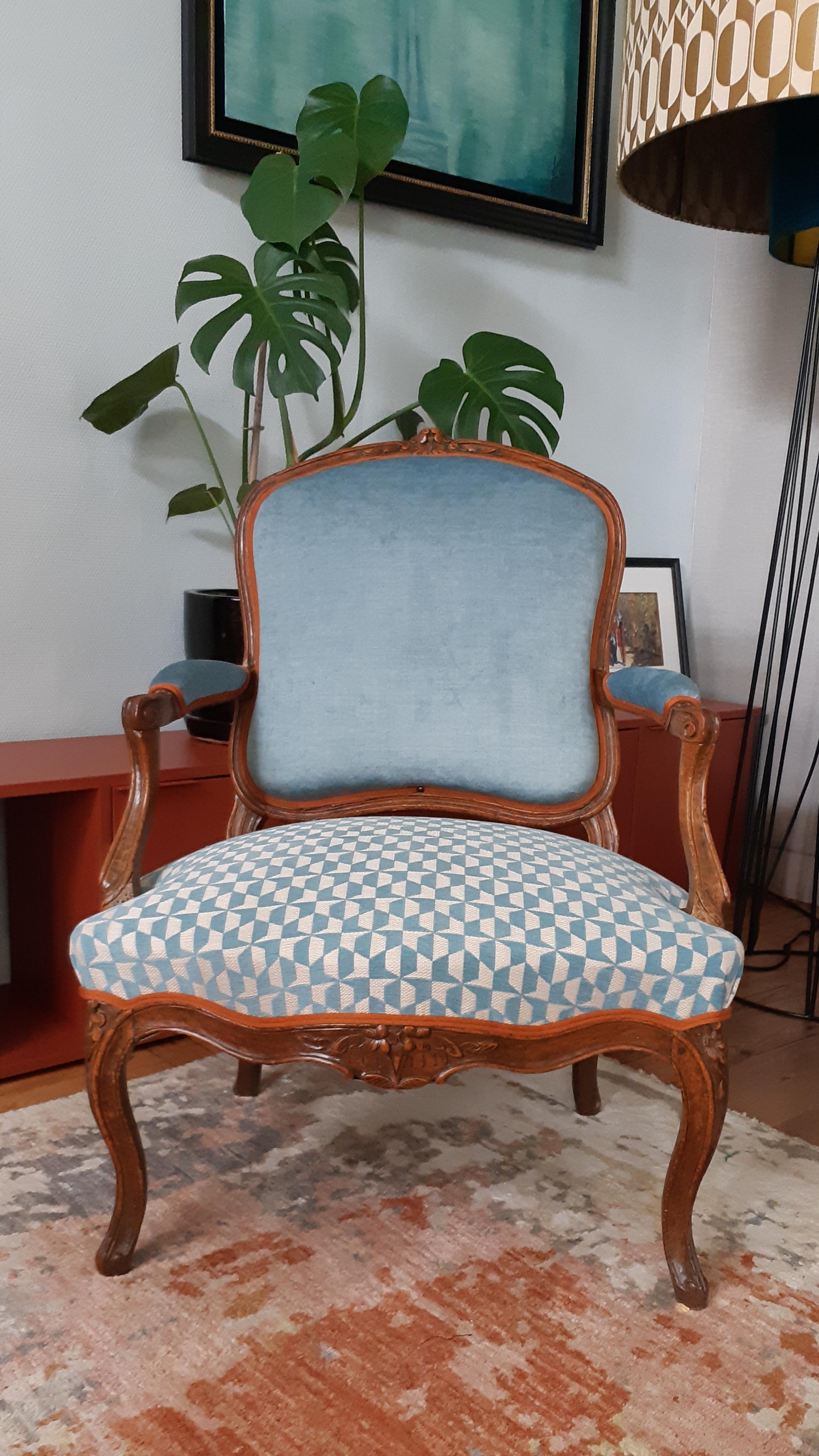 Artisan-tapissier-decorateur-Rénovation fauteuil Louis XV à la reine